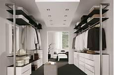 Schlafzimmer Begehbarer Kleiderschrank - begehbarer kleiderschrank flur schrank zimmer