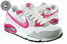 nike womens air max skyline white pink