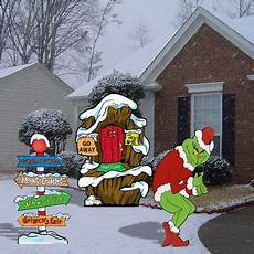 Outdoor Decorations Grinch by Grinch Stealing Lights Lair Pole Yard
