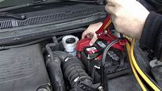 ford s max batterie how to jumpstart your car with jumper cables