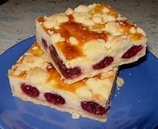 kirschkuchen mit quark quarkkuchen mit kirschen und streuseln blechkuchen