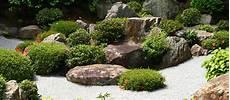 Beete Mit Steinen Gestalten - vorgarten gestalten mit kies gt garten ratgeber