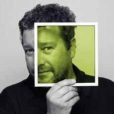 Watchismo Times Look Philippe Starck Minimalist