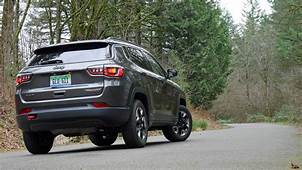 Jeep Compass Trailhawk Review What Its Like To Drive