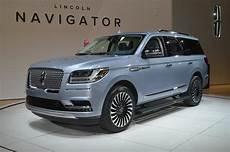 Refreshing Or Revolting 2018 Lincoln Navigator Motor Trend
