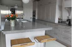 hauteur plan travail cuisine hauteur plan de travail cuisine facteur fondamental dans