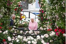 chelsea flower show 2018 the chelsea flower show 2019 where is it and how much do tickets cost plus dress code