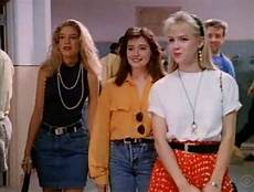 this 90s fashion trend we simply cannot get and do