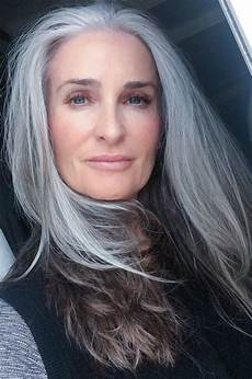 highlighting salt and pepper hair salt and pepper sterling silver pin by nora bass on hairstyles shoo for gray hair long gray hair