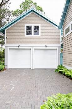 cottage exterior color schemes search