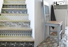 Id 233 E D 233 Co Escalier Avec Des Carreaux De Ciment
