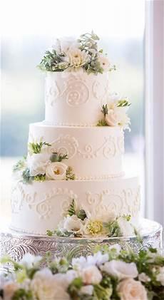 White Wedding Cake wedding cakes 28 divinely delicious cakes to celebrate