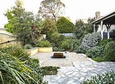 idee deco jardin gravier 36208 le gravier d 233 coratif un mat 233 riau naturel et trendy en am 233 nagement de jardin moderne