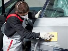 lavoro carrozziere nasce il tempario per le riparazioni dei veicoli asarva