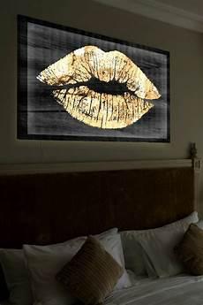 leinwand schlafzimmer die leinwandbilder als akzent im interieur archzine net