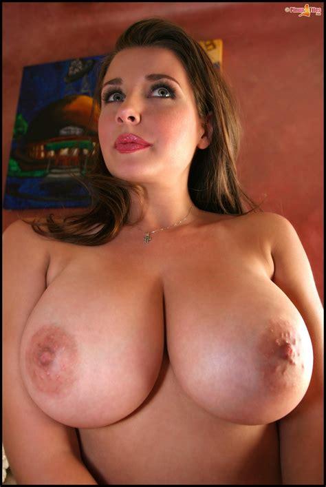 Jessica Brown Findlay Nude