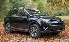 2017 Toyota Rav4 Rav4 Hybrid Reviews Car And Driver