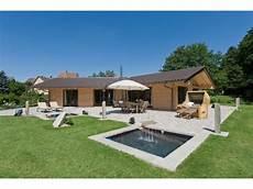 Bungalow Modern Satteldach - chalet cilgia einfamilienhaus fullwood lk