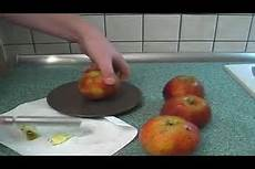 bratapfel ohne marzipan bratapfel ohne marzipan zubereiten ein rezept