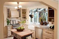 Kitchen Bay Window Plants by Kitchen Decorating Tips That Make The Most Of Your Space