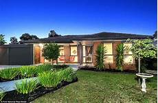 A Beautiful Melbourne House That Connects With Its foreign investment in sydney and melbourne booming in same