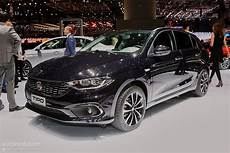 2016 fiat tipo comes in hatchback and estate flavors at