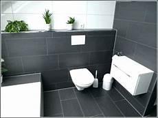 Fliesen Im Bad Beispiele - kleines badezimmer fliesen ideen schwarz weiss kombination