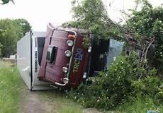 Stau Auf Der A2 - lkw unfall sorgte f 252 r stau auf der a2 regionalheute de