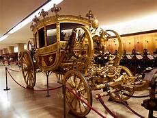 museo delle carrozze 7 cose da vedere ai musei vaticani mobility