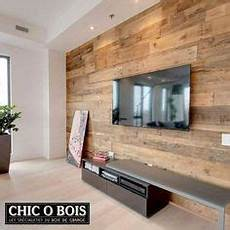 deco mur en bois planche contemporary sleek dining room with rustic wood plank