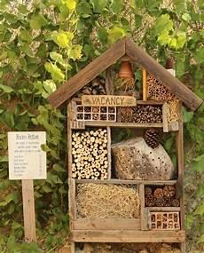 Pin Auf Insektenhotel