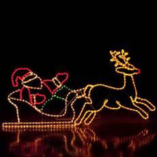 grand traineau pere noel lumineux deco exterieure motif lumineux p 232 re no 235 l et renne multicolore oogarden