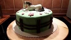 fondant motiv torte dekorieren