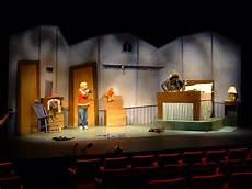 einrichten design set costume design for stage in canada