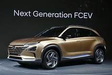 wasserstoffautos modelle 2018 hyundai fcev a sneak peak at the 2018 hydrogen fuel cell suv