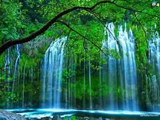 Lifestyle Gambar Pemandangan Air Terjun Terindah Di
