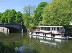 hausboot liegeplatz hamburg hausboot in mitte hamburg statt einzelhaus mit garten