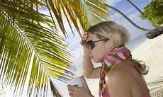 Krank Im Urlaub - krank im urlaub reiseapotheke mit wichtigen medikamenten