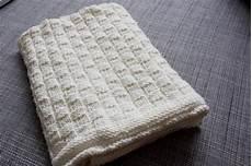 Babydecke Stricken Anleitung - gestrickte babydecke babydecke knit crochet knitting