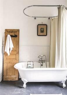 baignoire style ancien baignoire en fonte de style r 233 tro bathroom salle de