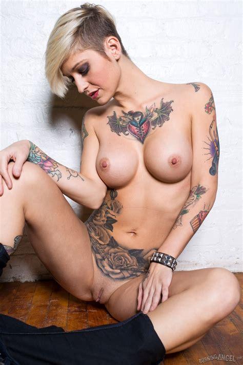 Wwe Victoria Nude Leak