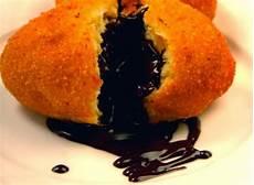 Cara Membuat Roti Goreng Isi Coklat Empuk Dan Nikmat
