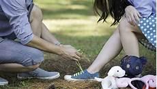 romantisches date zu hause les 25 gestes romantiques les plus doux pour la vie
