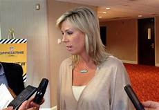 pascagoula s sarah thomas felt pressure as 1st female nfl