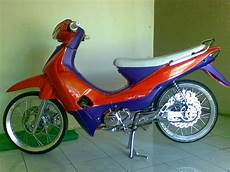 Modifikasi Smash by 89 Modifikasi Motor Suzuki Smash Terkeren Oneng Motomania