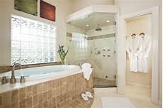 résine pour salle de bain 6 astuces pour une salle de bain brillante et propre