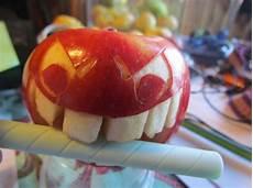 melone kunstvoll schneiden obst dekorativ schnitzen apfel kunst und aussagekr 228 ftige