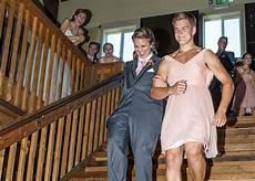 unique wedding ideas wedding party introduction ideas