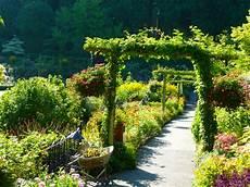 butchart gardens the flourists notebook