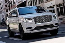 2020 lincoln navigator 2020 lincoln navigator updated with tons of new standard